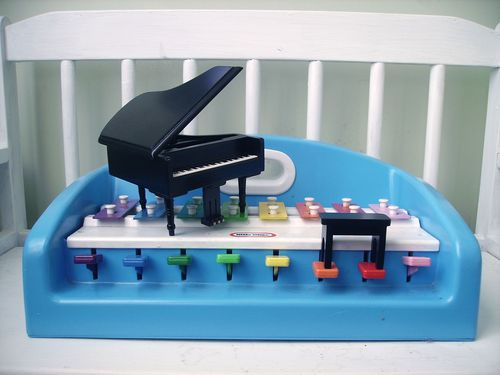 OandB_toy_xylophone