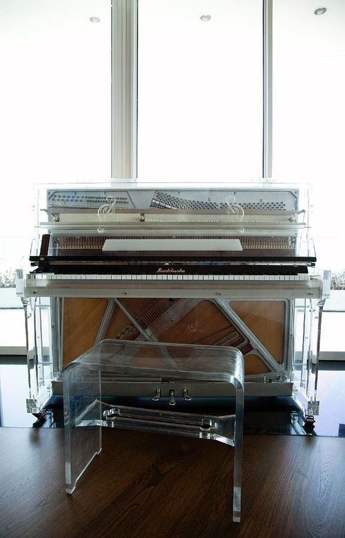 See-through_piano