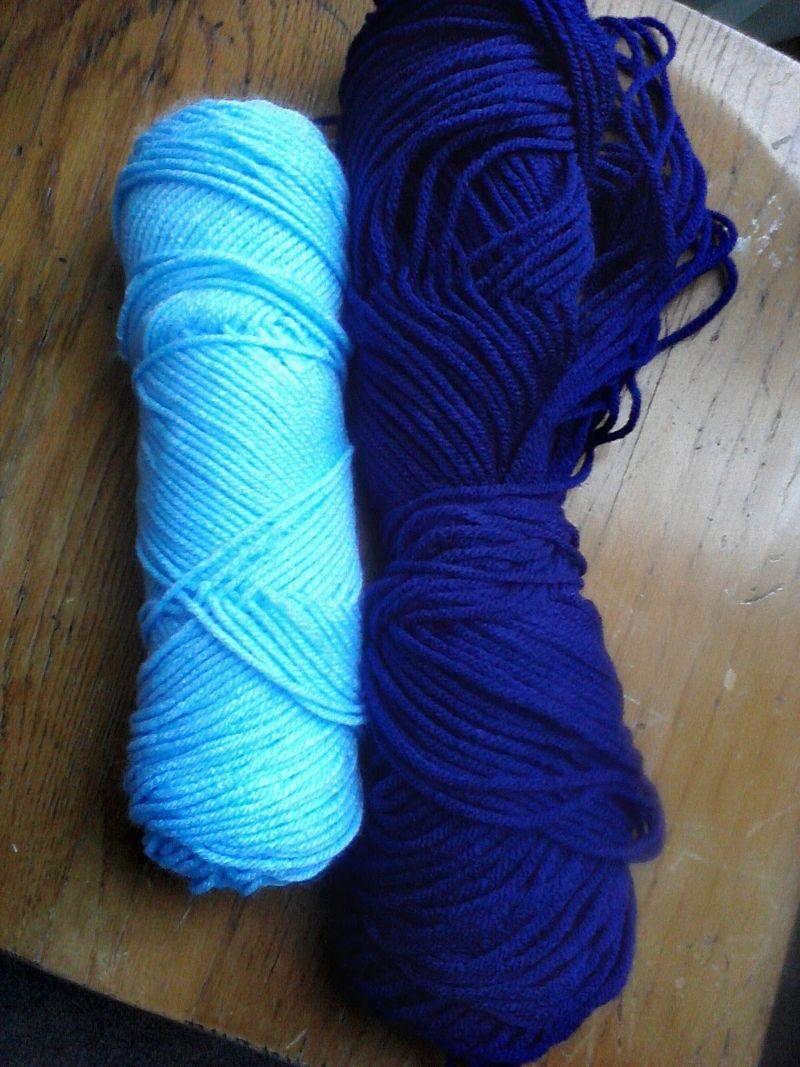 Blue_blue scarf_1