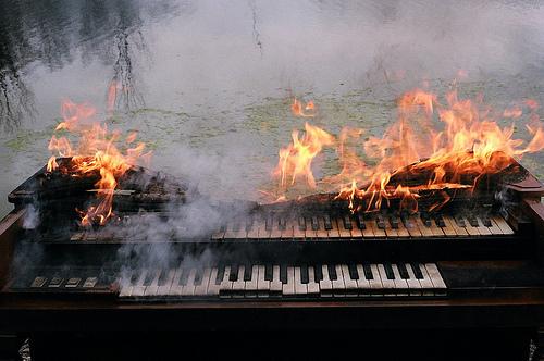 Piano_fire
