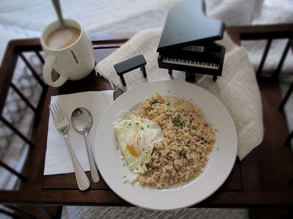 Breakfast_in_Bed_2